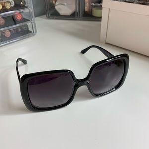 Accessories - Big Sunglasses